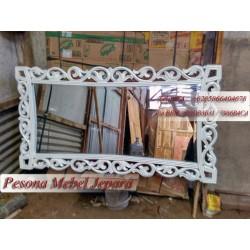 Frame, Bingkai, Pigura Cermin Diamond Lengkung Ukuran 120 cm