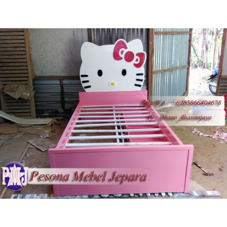Ranjang atau Dipan Anak Hello Kitty Kayu Jati Ukuran 120 cm