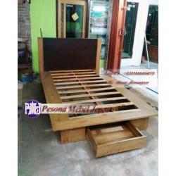 Ranjang atau Dipan Minimalis Laci 1 Depan Kayu Jati Ukuran 120 cm dan 140 cm