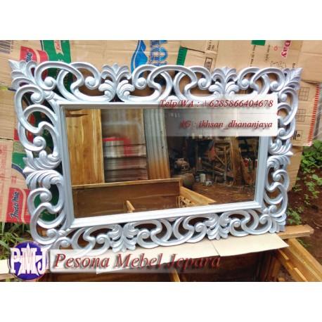 Frame atau Bingkai atau Pigura Cermin Ukir Lung Kelapa Warna Silver Kayu Jati