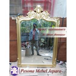 Frame atau Bingkai atau Pigura Cermin Ukir Mahkota Gold kayu Jati