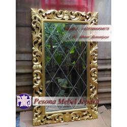 Bingkai atau Frame atau Pigura Cermin Kotak Ukir Waru Kaca Bevel Panjang 150 cm Pesona Mebel Jepara