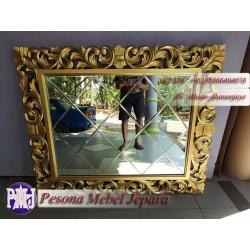 Bingkai atau Frame atau Pigura Cermin Ukir Gold Waru Kaca Bevel 120x100 cm