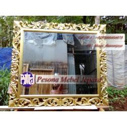 Mirror atau Frame atau Bingkai atau Pigura Cermin Ukir Waru Jumbo Gold Kayu Jati