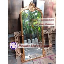 Mirror atau Frame atau Pigura Cermin Ukir Oval Kerang kayu jati Pesona Mebel Jepara