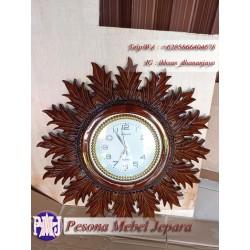 Frame atau Pigura atau Bingkai Jam Dinding Ukir Sirap Kayu Jati Pesona Mebel Jepara