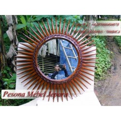 Pigura / Bingkai Cermin Matahari Kayu Jati
