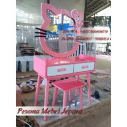 Meja Rias atau Tolet Hello Kitty Cat Duco