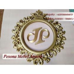 Frame atau Bingkai atau Pigura Cermin atau Logo Perusahaan Full Ukir Kayu Jati